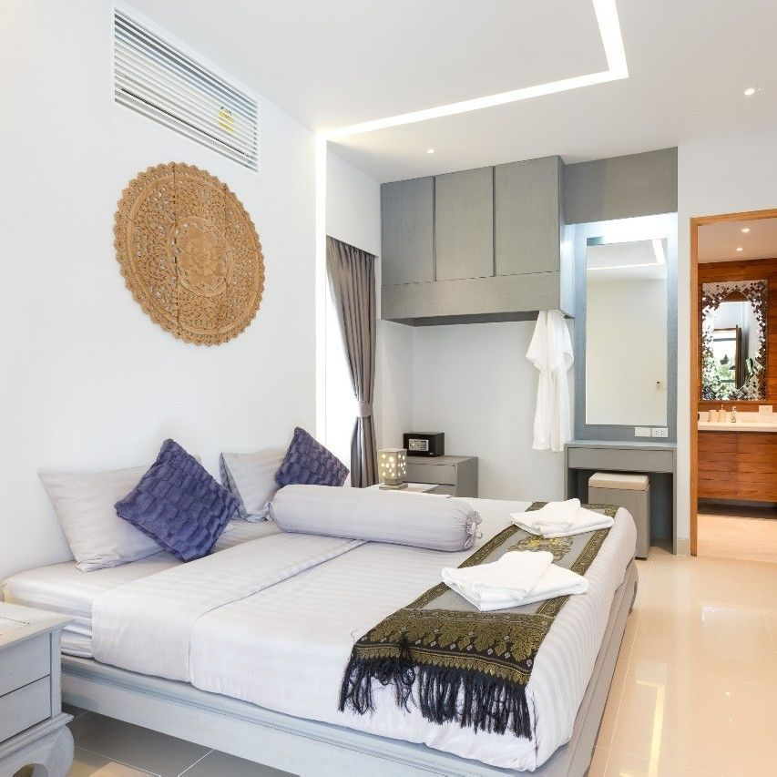 3 Bedrooms with Private pool, Karon Beach