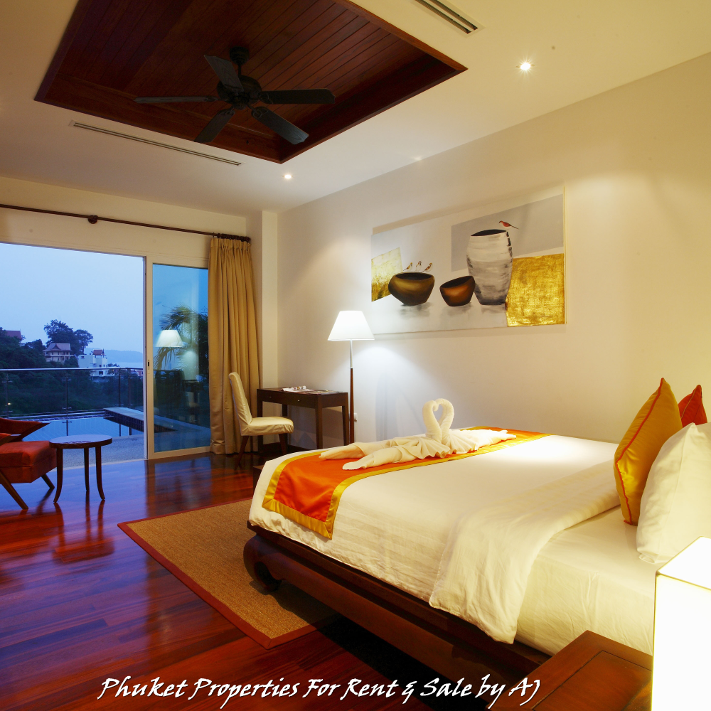 Luxury 2+1 bedrooms villa with Private pool at Kamala.Over looking to Andaman Sea